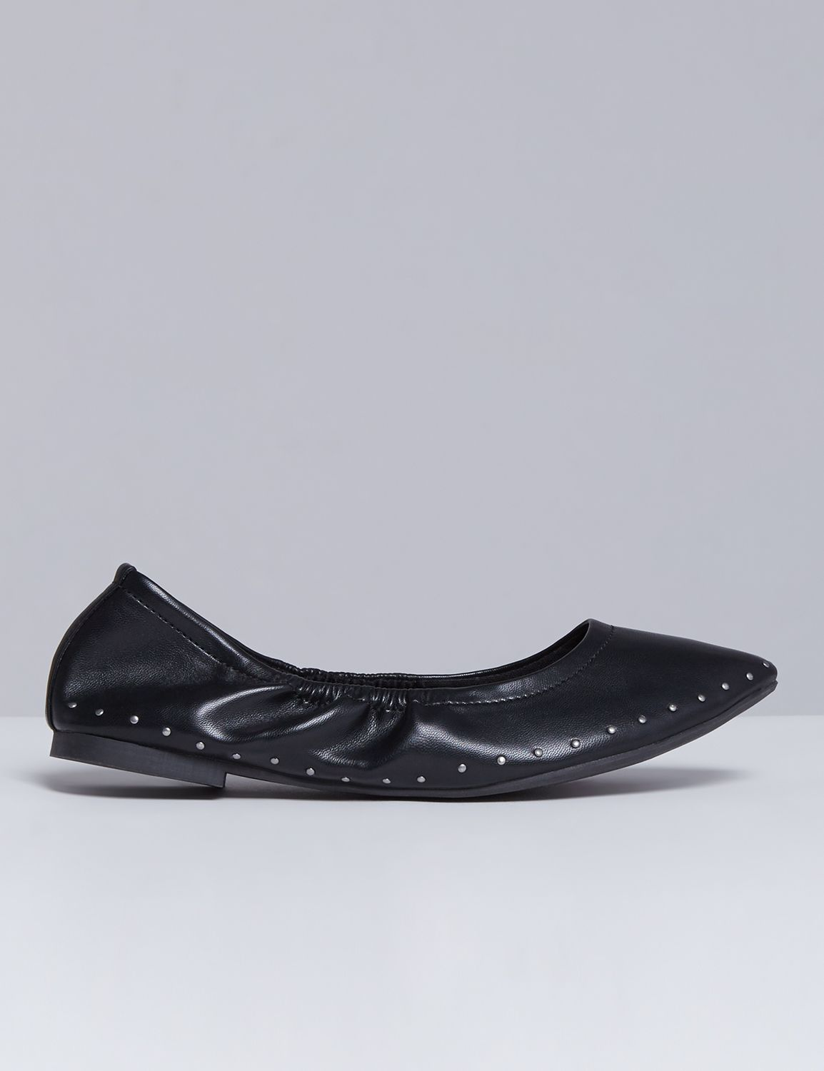 Lane Bryant Womens Studded Pointed-Toe Flat 7W Black