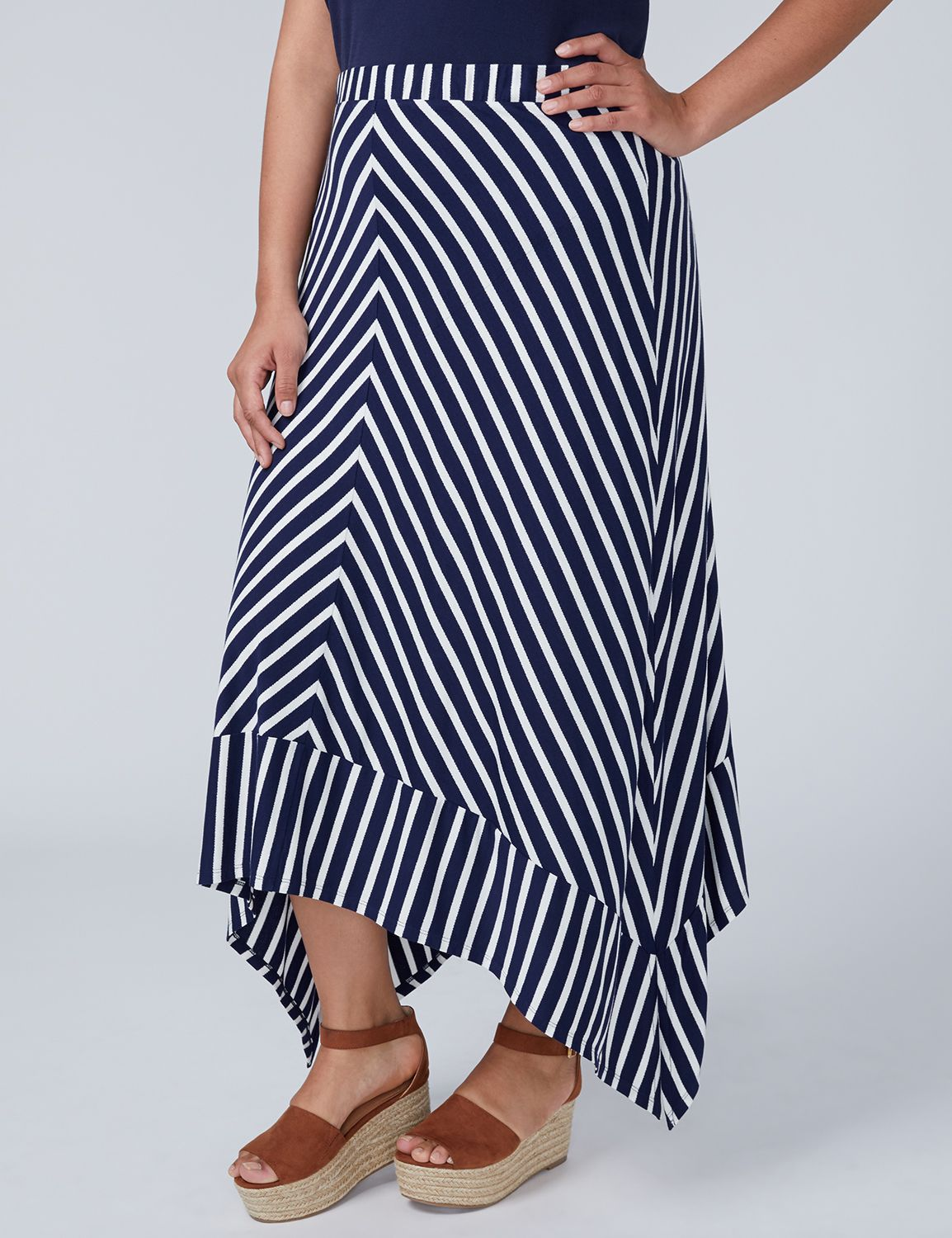 Lane Bryant Womens Midi Skirt With Sharkbite Hem 14/16 Navy And White