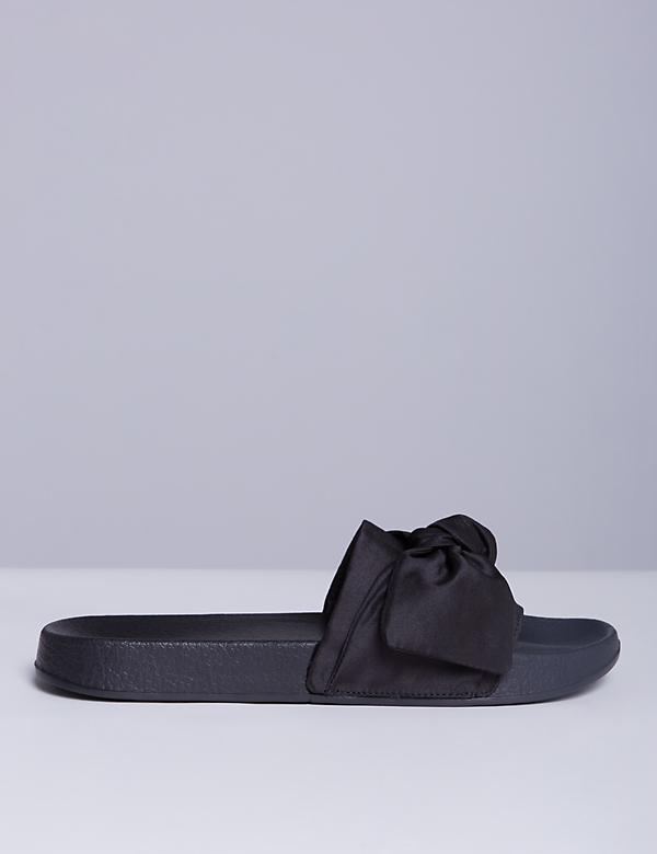 Slide Sandal with Bow