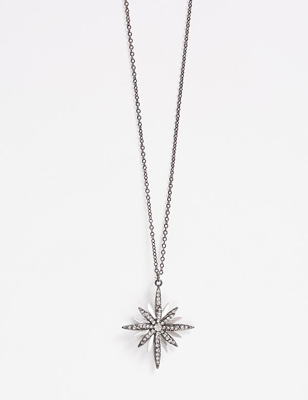 Long Star Pendant Necklace