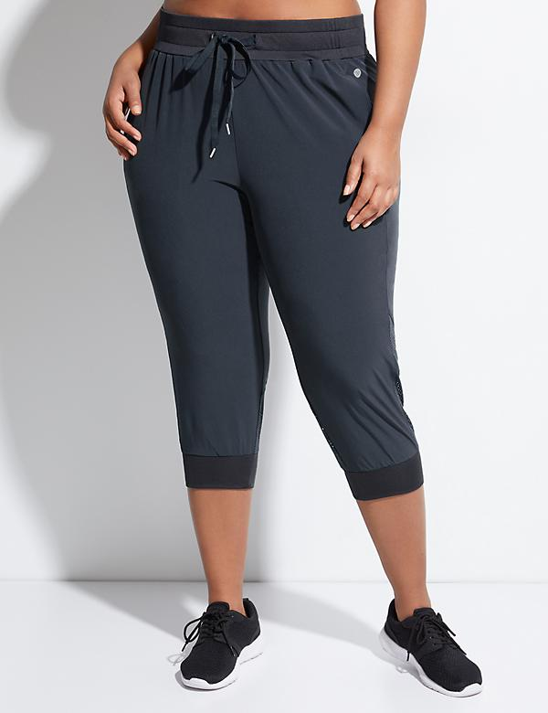Performance Stretch Mesh Inset Active Capri Jogger