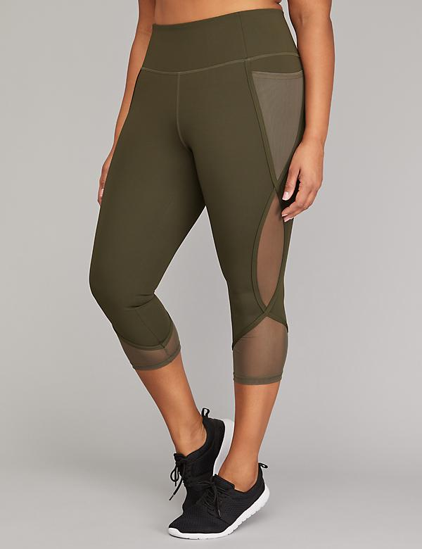Sculpting Active Capri Legging with Curved Side Detail
