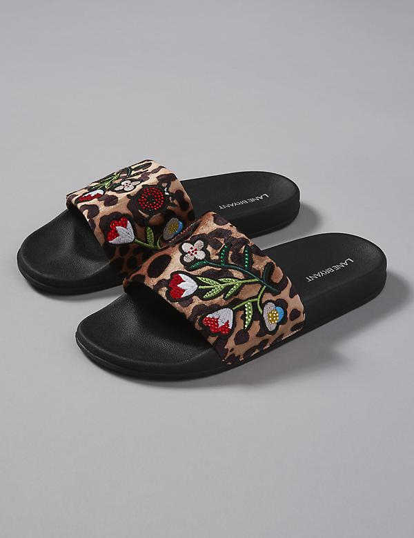 Embroidered Pool Slide Sandal