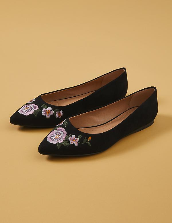 Floral Embroidered Pointed-Toe Flat