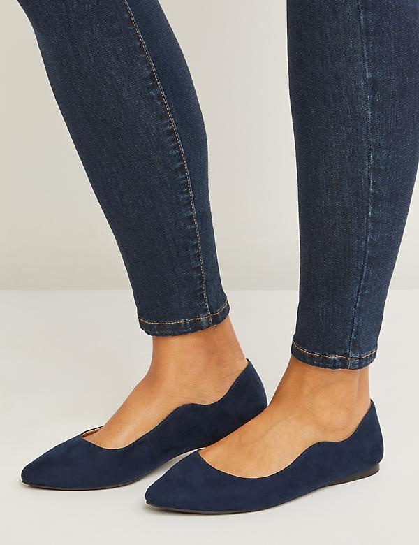 Wavy Edge Pointed-Toe Flat