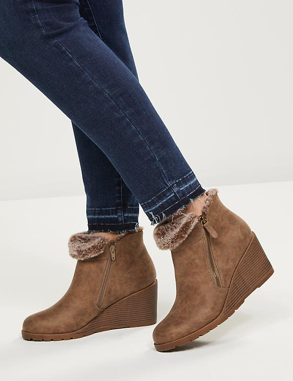 Emma Wedge Ankle Boot With Faux-Fur Lining