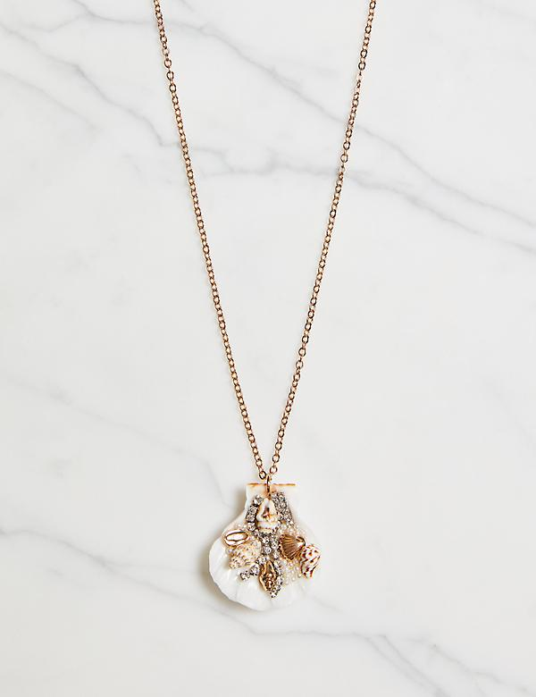 Embellished Seashell Pendant Necklace