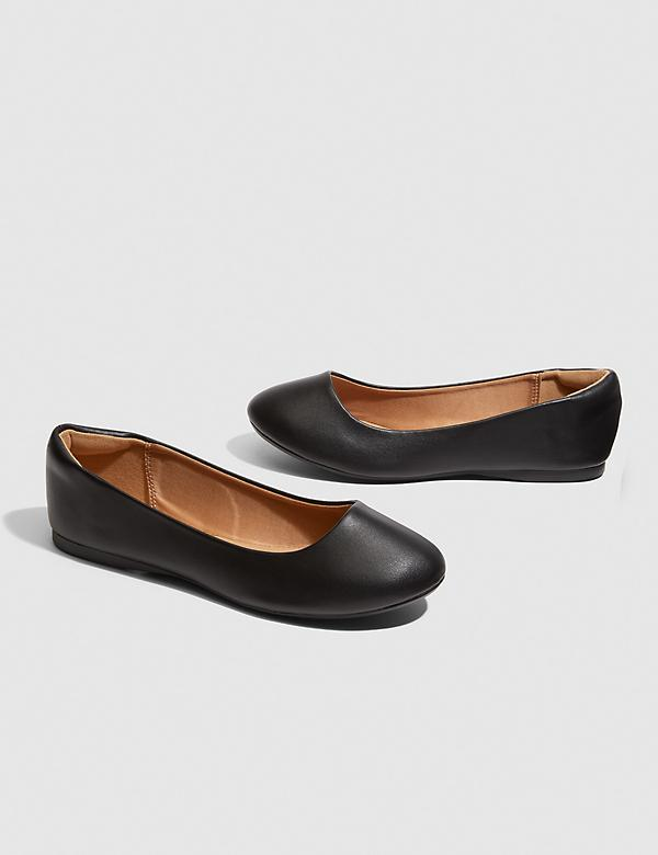 Dream Cloud Round-Toe Flat - Black