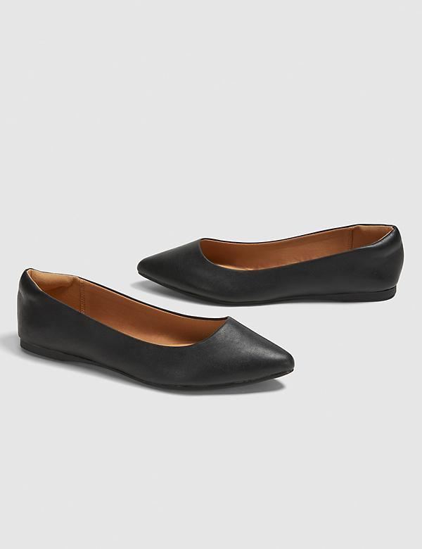 Dream Cloud Pointed-Toe Flat - Black