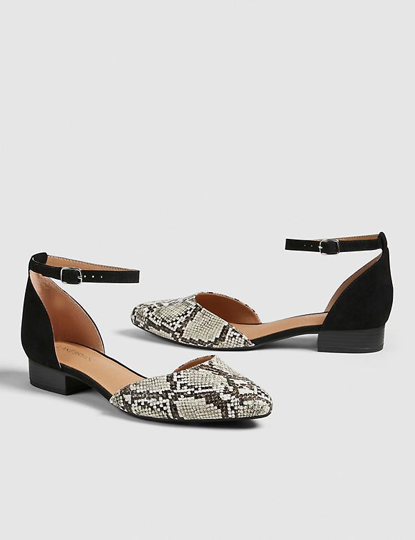 Dream Cloud Two-Piece Ankle Strap Flat - Snake Print