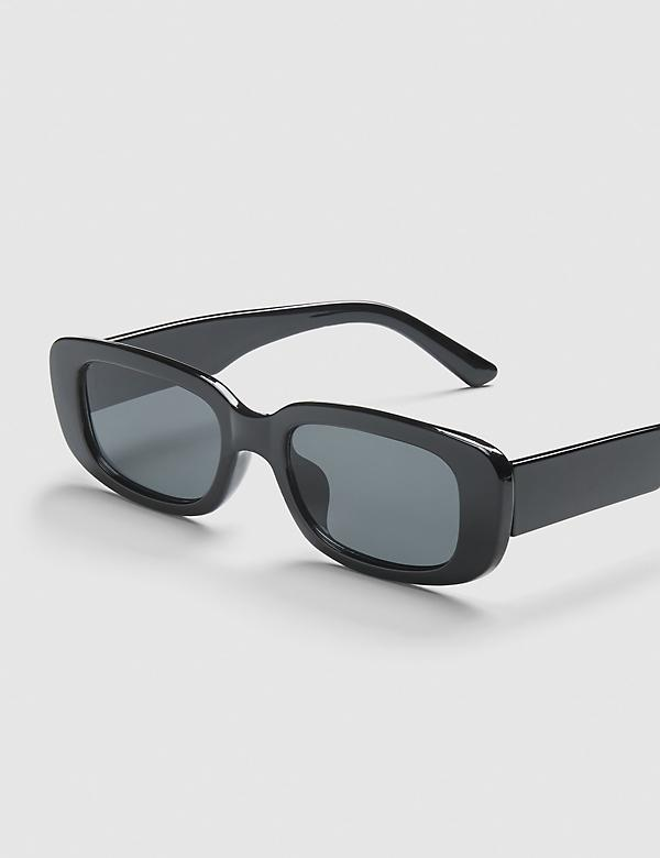 Oval Sunglasses - Black